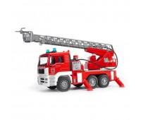 Man - Пожарная машина с функцией разбрызгивания воды (Bruder, 02-771)